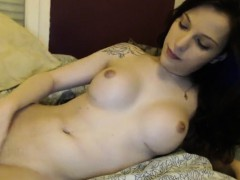 Teen Tranny fucks her ass with her dildo