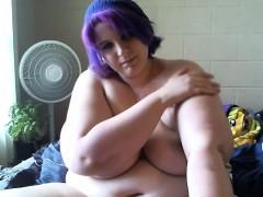 Fat BBW Teen Shows Off