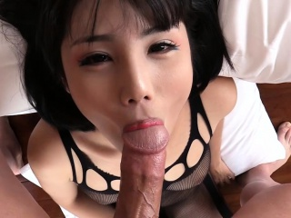 Tranny in crotchless bodysuit blowjobs and masturbates