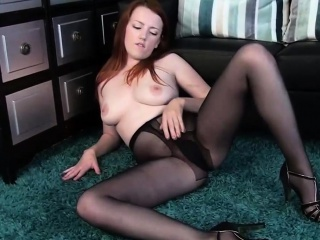 a044 Redhead Pantyhose Chick Plays With Pussy