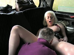 Blonde gets pussy cumshot in fake taxi