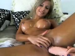 Blonde masturbate with toy on webcam