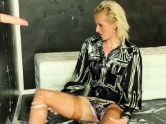 Euro Blondie And The Glory Hole