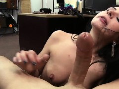 Deepthroater and hot woman gets her pussy fucked by Shawn