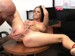 Beautiful girl rides up throbbing cock and bounds on it fast
