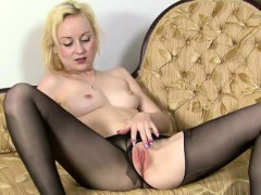 Deb rips her pantyhose to touch herself