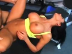 Amazing bodybuild slut Exotica fucked hard in the gym