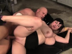 Sexy BBW Beverly Paige banged by her trainer