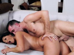 Luscious Cougar Ava Addams Begs For Good Dicking