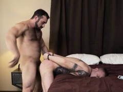 Horny dude gets ass hammered and barebacked by muscle guy