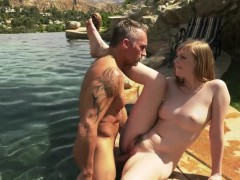 Sweet gf Dolly Leigh seduces bf in the pool and gets fucked