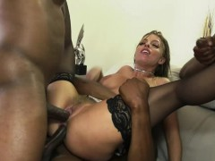 Britney Amber gets double penetration