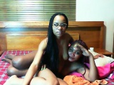 Sexy ebony girl toying and fingering her pussy