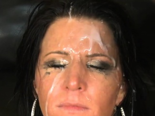 Hot pornstar throat gag with facial