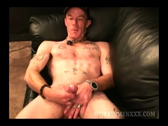 Amateur Red Jacking Off